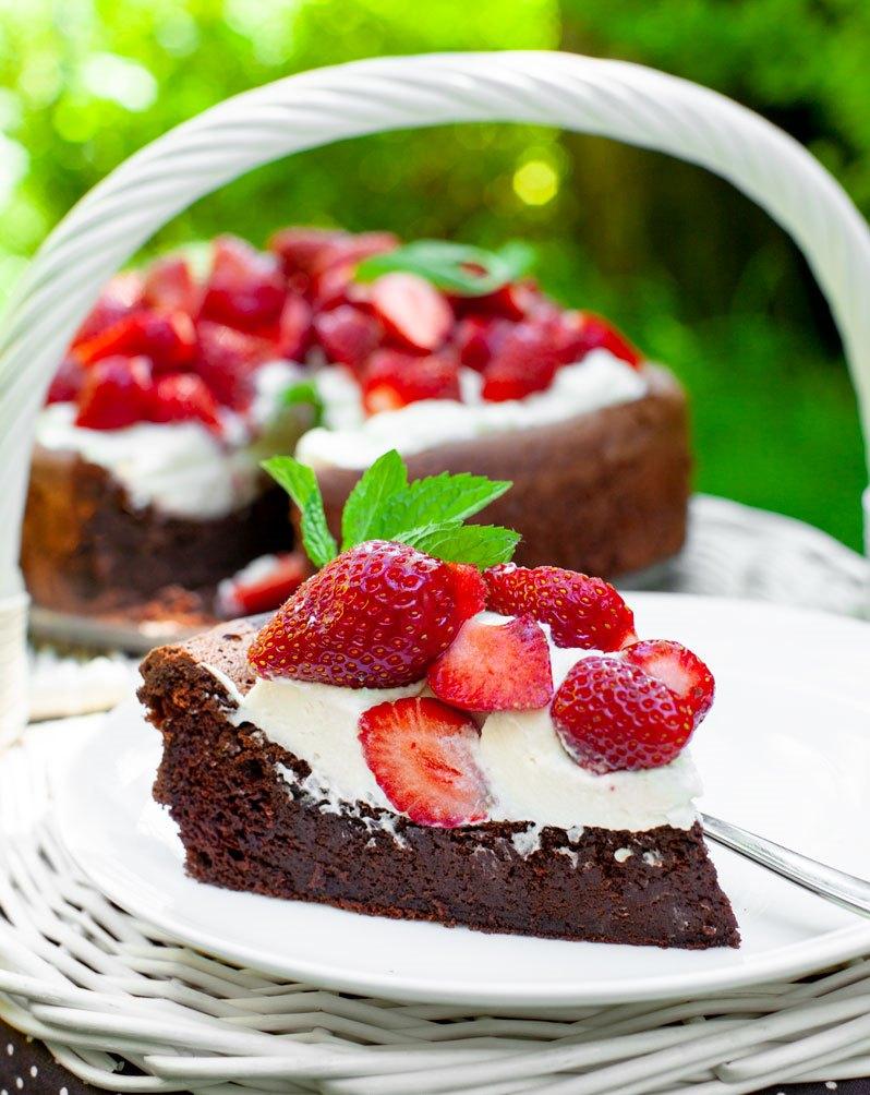 Schokoladenwolke-mit-erdbeeren