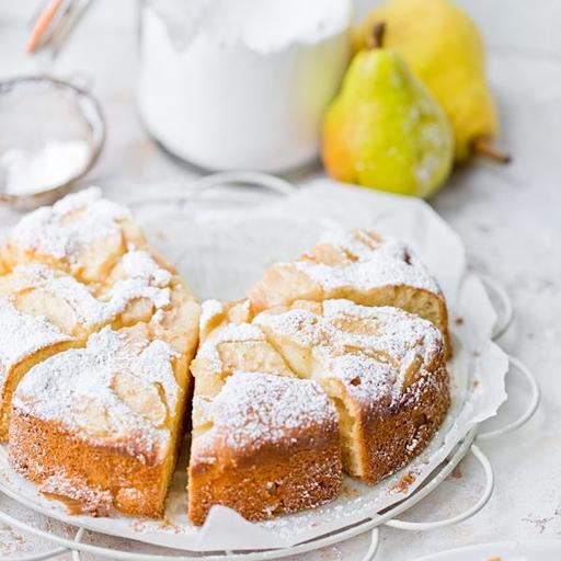 Italienischer Kuchen mit Mascarpone und Birnen