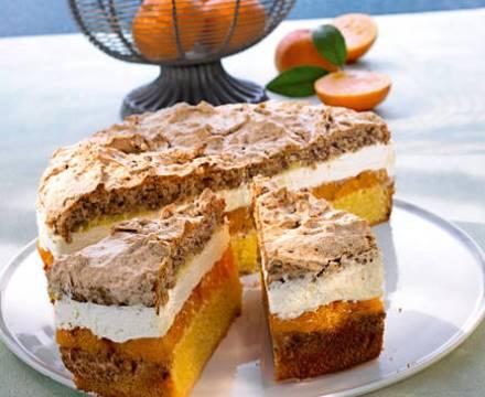 Mandarinen- Torte mit Nussbaiser